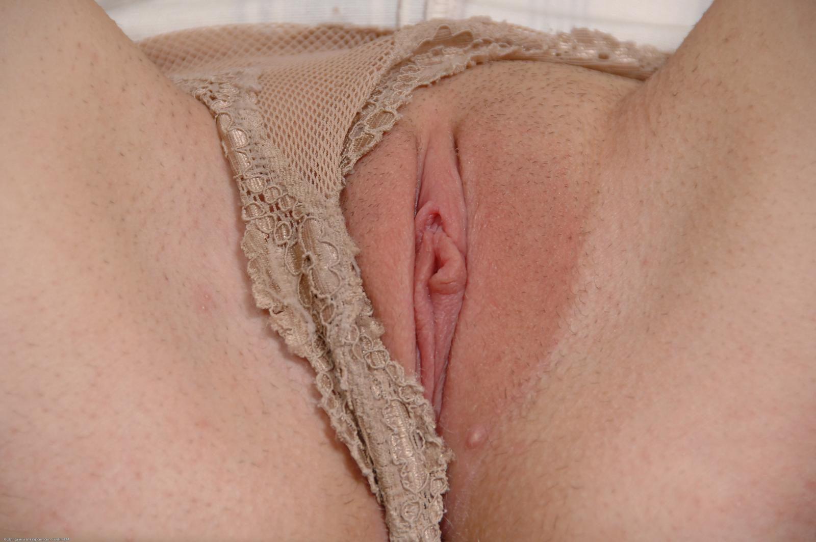 Pic of close up perfect tight pussy